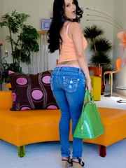 A brunette slut in jeans shows off her hot body - XXXonXXX - Pic 15