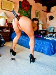 A hot slut with a nice body sticks several - XXXonXXX - Pic 14