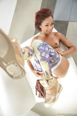 Photoshoot with a black chick in Van Gough inspired pants - XXXonXXX - Pic 8