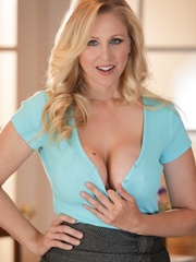 Blue-eyed blonde MILF taking off her light blue - XXXonXXX - Pic 3