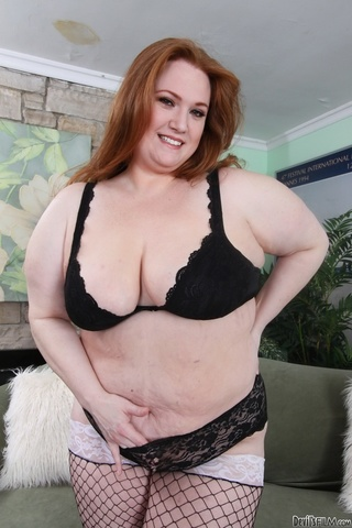 redhead bbw fishnet stockings