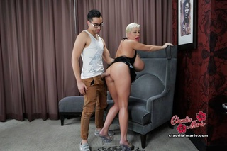 hairstylist sex scene hung