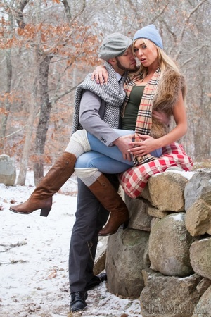 Cute blonde trans enjoys a sweet time with boyfriend outdoors - XXXonXXX - Pic 12