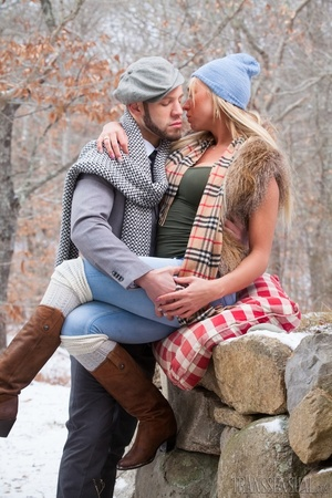 Cute blonde trans enjoys a sweet time with boyfriend outdoors - XXXonXXX - Pic 13