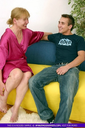 Old blonde babe teases a younger stud wi - XXX Dessert - Picture 2