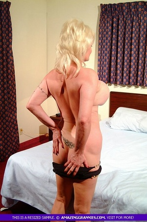 Hot granny teases with her fat body then - XXX Dessert - Picture 4