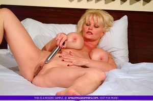 Hot granny teases with her fat body then - XXX Dessert - Picture 11