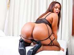 Voluptuous trans in black likes to spread her ass - XXXonXXX - Pic 7