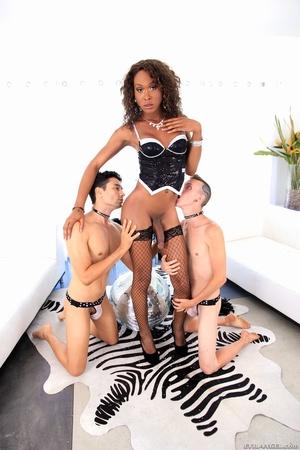 Ebony babe in black gets her dick sucked by two men. - XXXonXXX - Pic 8
