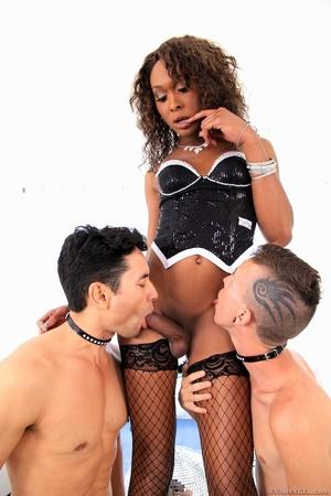Ebony babe in black gets her dick sucked by two men. - XXXonXXX - Pic 9