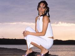 Luscious grandma pose her skinny body outdoor - XXXonXXX - Pic 2