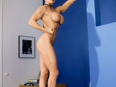 Muscular granny pose naked and reveals her big - XXXonXXX - Pic 9