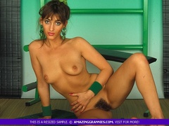 Alluring MILF teases with her luscious tits and - XXXonXXX - Pic 3