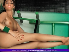 Alluring MILF teases with her luscious tits and - XXXonXXX - Pic 10