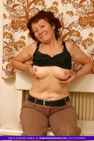 Luscious granny slowly peels off her pin - XXX Dessert - Picture 7