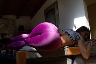 big booty brunette tight