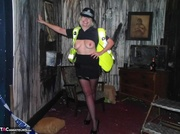 larga legged poli mujer