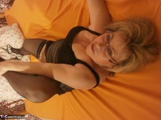 hot mature blonde fondles