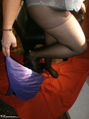 Hot ass MILF is wearing nylon pantyhose while playing with her natural boobs - XXXonXXX - Pic 2