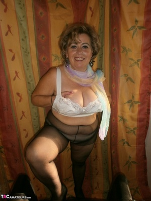 Hot ass MILF is wearing nylon pantyhose while playing with her natural boobs - XXXonXXX - Pic 10