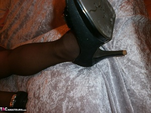Smiling blonde cougar is fingering her snatch, while wearing nylon pantyhose - XXXonXXX - Pic 8