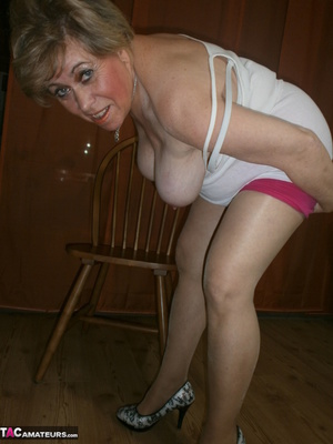 Stunning blonde cougar is playing with her saggy tits and hairy twat - XXXonXXX - Pic 3