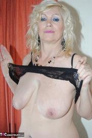 blonde granny floppy tits