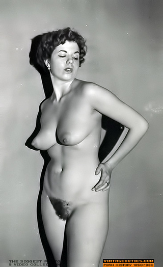 stunning bitches naked displaying