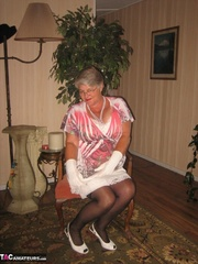 knockout elderly blonde with