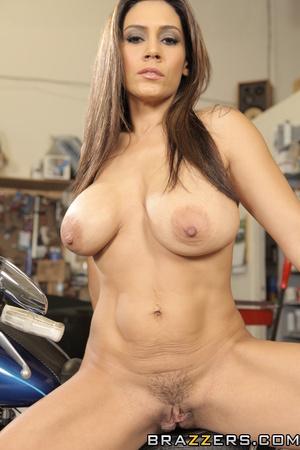Jeans-wearing brunette mechanic fucking her hot customer - XXXonXXX - Pic 4