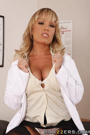 kinky doctor turns her
