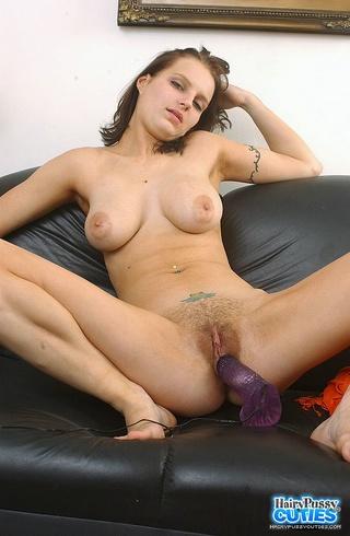 stunning babe displays big