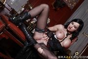 young hottie sexy black