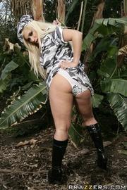 kick ass blonde black