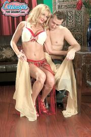 hot tits blonde milf