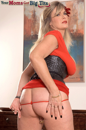 Hot shaped busty milf in short tight dress flaunts rings on her big tits and pussy - XXXonXXX - Pic 7