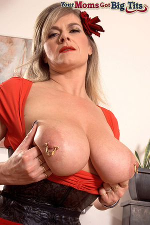 Hot shaped busty milf in short tight dress flaunts rings on her big tits and pussy - XXXonXXX - Pic 14