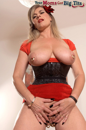 Hot shaped busty milf in short tight dress flaunts rings on her big tits and pussy - XXXonXXX - Pic 16