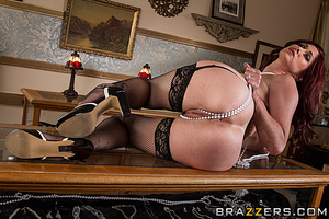 Rich redhead wife gets pounded by a robber in the living room. - XXXonXXX - Pic 6