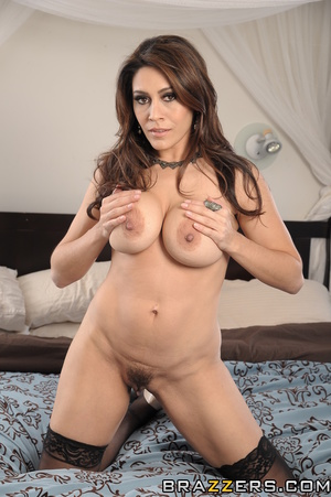 Brunette mom steals daughter's boyfriend in the bedroom for her own pleasure. - XXXonXXX - Pic 8