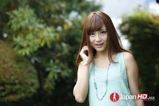 luscious brunette wearing mint