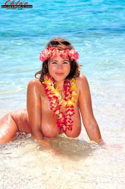 hawaii-style brunette teasing her