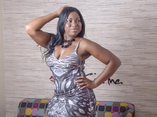 ebony milf black hair