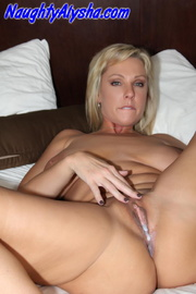 crazy blonde momma with