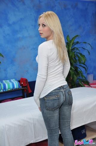hot blonde vixen shows