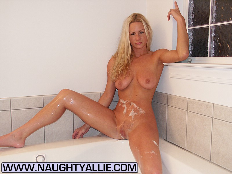 Naughty Allie Hd