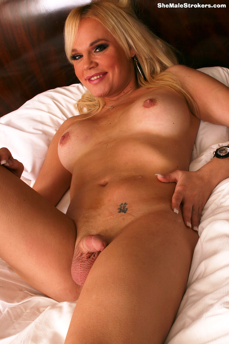 girl-tenxxx-pictures-of-dannii-minogues-tits