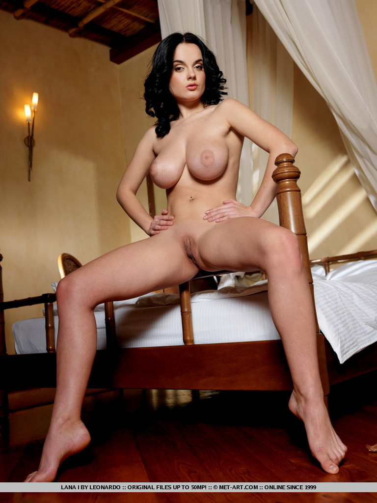 Raven-Haired Fantasy Of Magnificent Proport - Xxx Dessert -5453