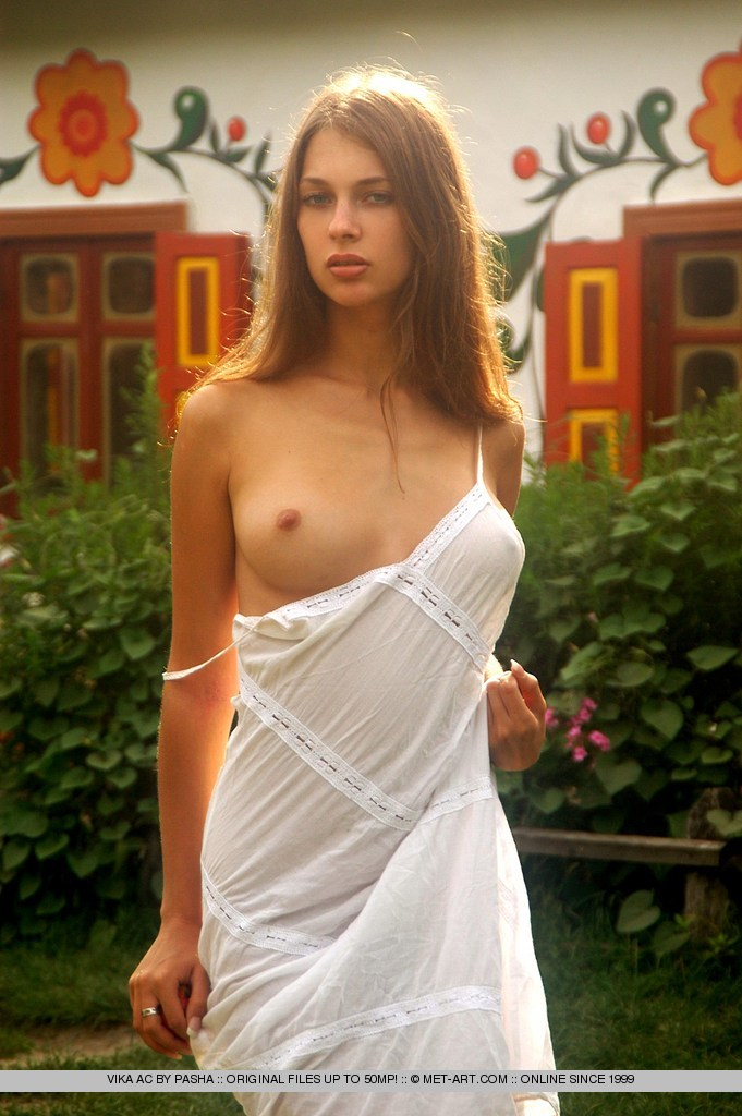 Amateur photos of beautiful breasts