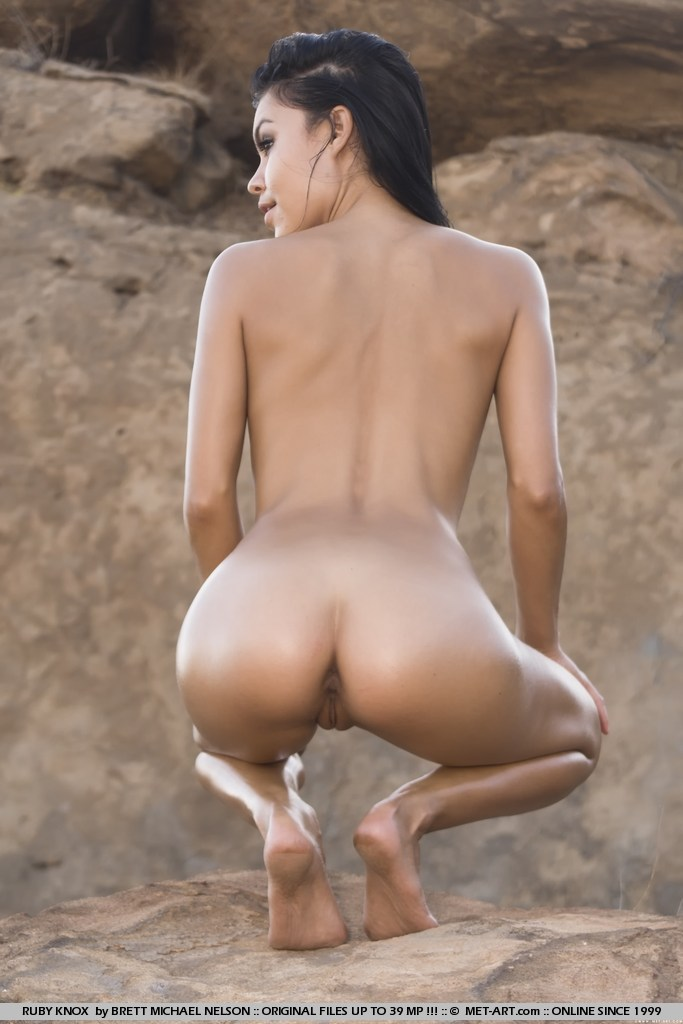 Tags Erect Nipples, Oiled Body, Outdoors, - Xxx Dessert - Picture 12-8752